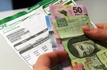 Revisa 'Kiko' avance de la tarifa F-1 con el Secretario de Hacienda