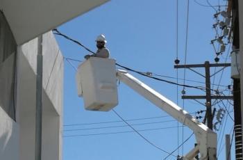 Calor causa apagones en el poniente de Mexicali; miles sin luz