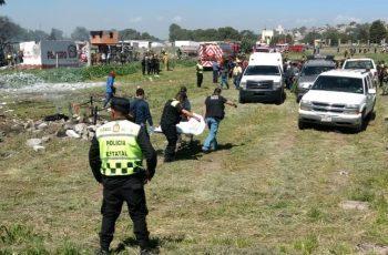 Reportan muertos por explosiones en Tultepec; entre ellos bomberos y policías