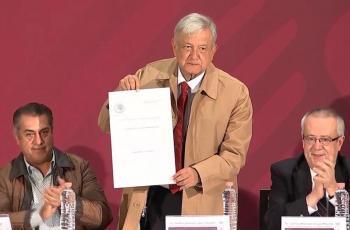 Firma AMLO decreto para estímulos en la frontera
