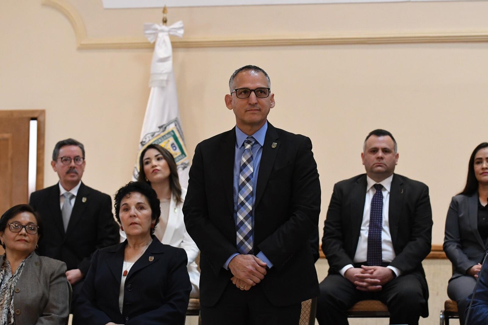 Resultado de imagen para El Secretario General de la UABC, Edgar Ismael Alarcón Meza