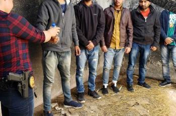 Rescatan a cinco migrantes de la India secuestrados en Mexicali
