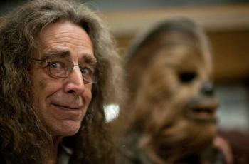 Muere Peter Mayhew, actor que daba vida a Chewbacca