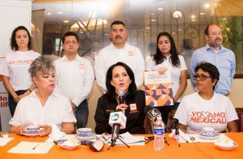 Elvira denuncia violencia política de género en su contra